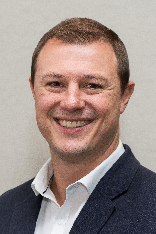 Dr Pieter Spies