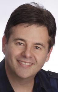 Dr Eugene Viljoen